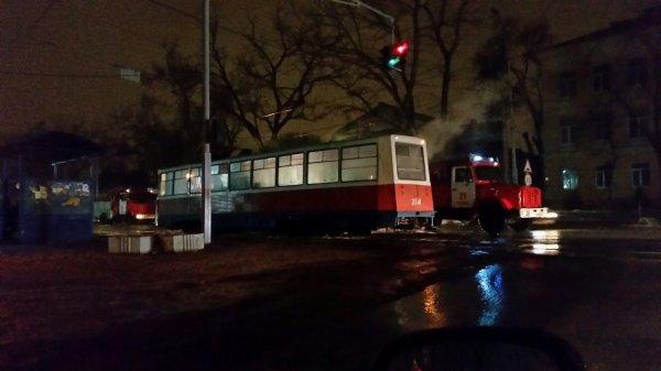 Дымящийся трамвай из ада приехал в Таганрог