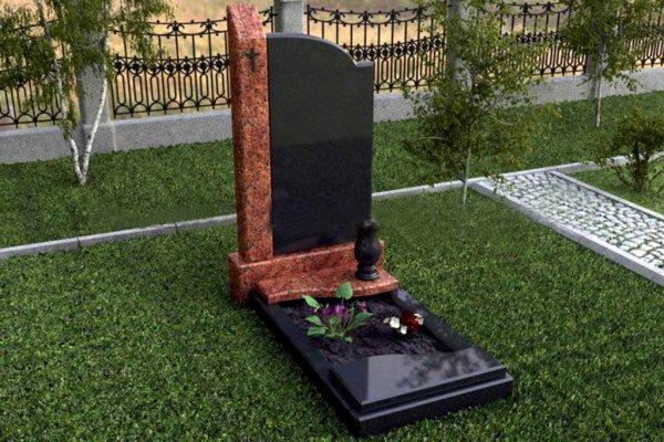 В Кировске у пенсионера украли надгробие на его будущую могилу