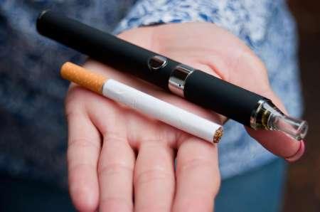 Минпромторг предлагает с 2019 года приравнять электронные сигареты к обычным