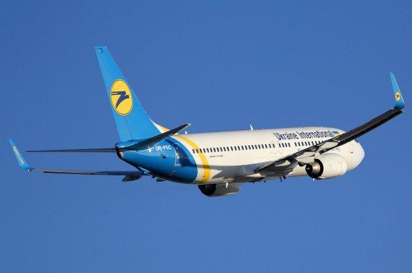 В Тбилиси жестко приземлился украинский лайнер