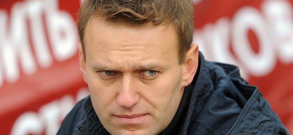 Навальный вызван в СК на допрос по факту нападения на полицейских