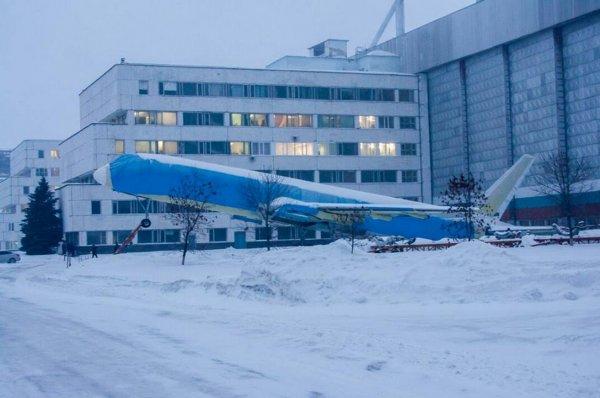 В Ульяновске поднялся сильный ветер, поставивший на дыбы самолет Ту-204