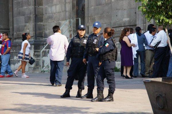 У похоронного бюро в Мексике нашли пять обезглавленных тел