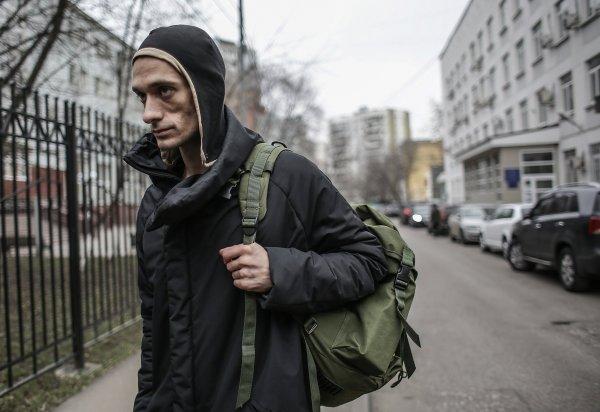 Арест художника Павла Павленского во Франции продлен на четыре месяца