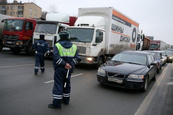 В полиции проверяют данные о захвате автомобиля на МКАД