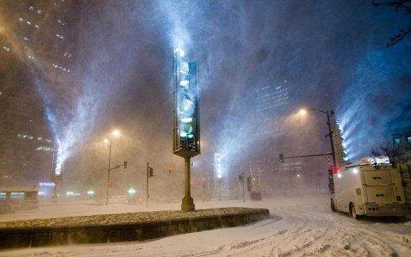 В Ростове возникли пробки на дорогах из-за метели