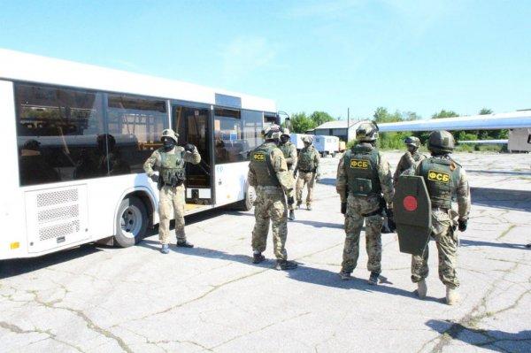 ФСБ эвакуировало пассажиров из аэропорта Платов в Ростове
