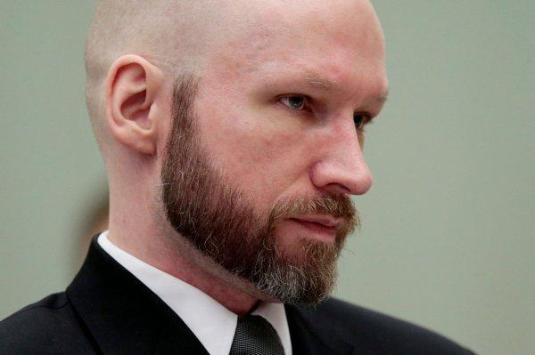 Брейвик впервые заявил о раскаянии в своих убийствах
