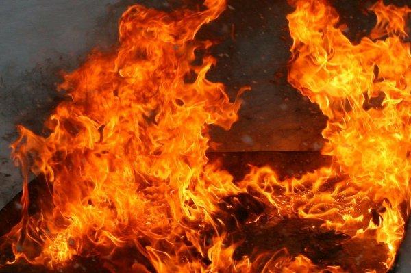 В офисном здании в Химках возник пожар площадью в 2000 кв.м