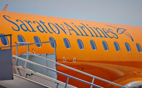 «Саратовские авиалинии»  опровергают данные о незаконном свидетельстве пилота Ан-148