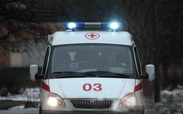 В Волгограде автоледи на иномарке не пропустила скорую на вызов