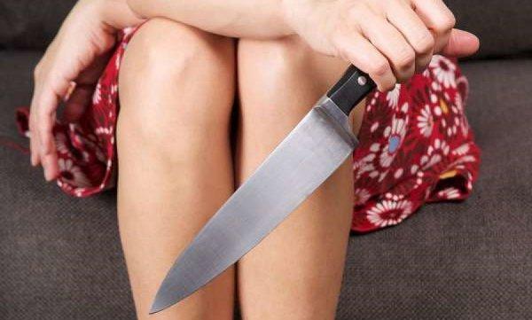 Женщина в Подмосковном Одинцове вонзила нож в сердце отца