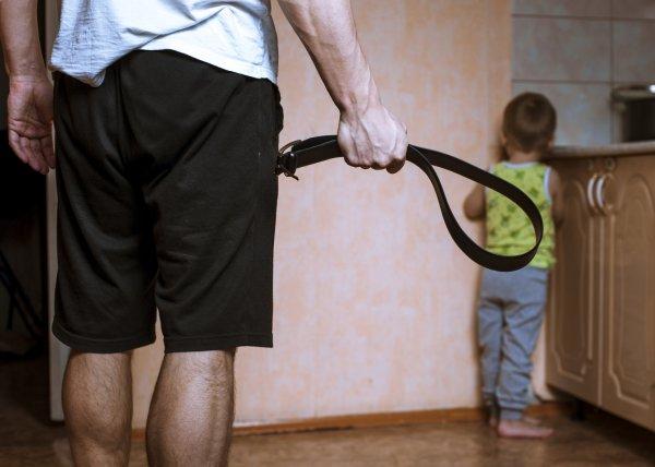 В Саратове отец сильно избил 3-летнего ребенка