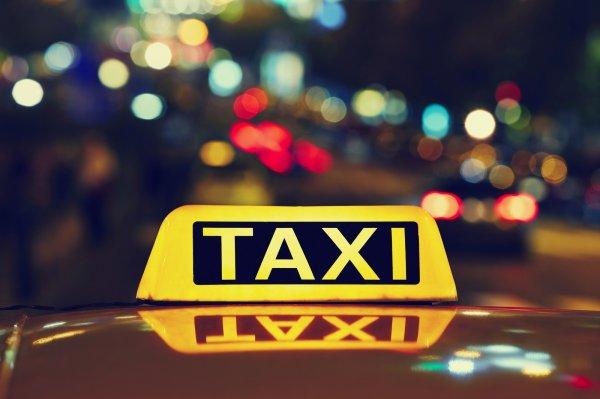 В Кузбассе злоумышленник ограбил таксиста