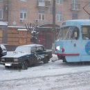В Москве трамвай столкнулся с автомобилем