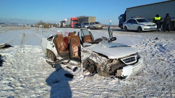 Три иномарки столкнулись на юго-западе Москвы, есть пострадавшие