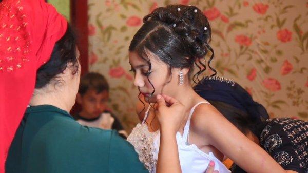 Цыганская свадьба детей в торговом центре возмутила новосибирцев