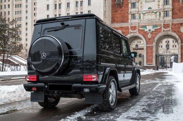 Свидетели: В Москве сгорел Gelandwagen охраны Тимати