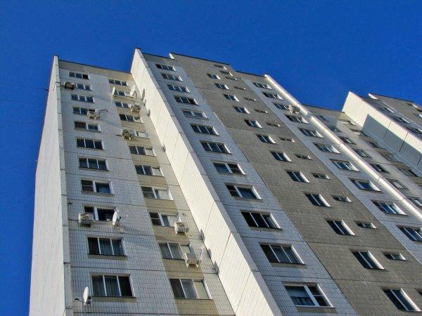 В холле общежития в Воронеже нашли новорожденного ребенка