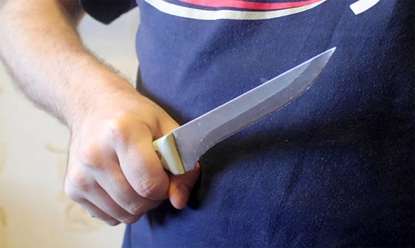 В московском караоке администратор получил ножевое ранение