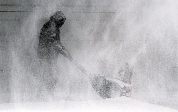 В США миллионы людей стали жертвами природной стихии