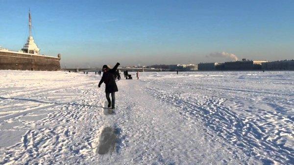 Бразильский турист прогулялся по Неве и оказался «на дне»