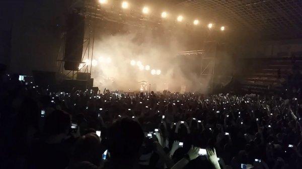 Фанаты The Prodigy на концерте в Челябинске избили обидчика