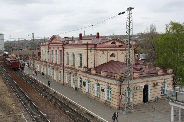 В Новочеркасске забытый рюкзак спровоцировал панику на ж/д вокзале