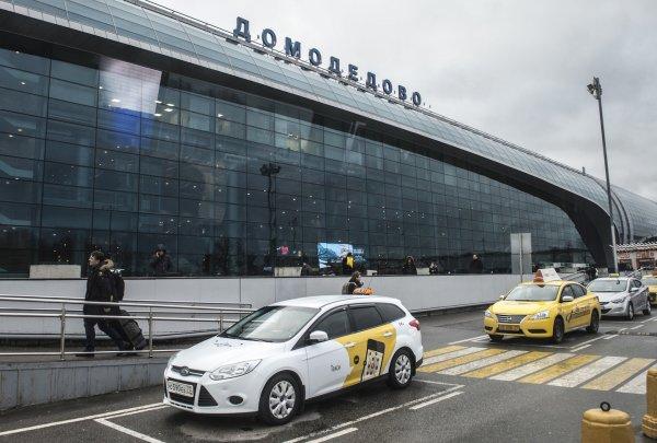 В Домодедово пассажир умер на борту вылетавшего в Анталию самолета