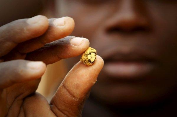 «Золотой мусор США»: На свалке нашли пакет с драгоценностями