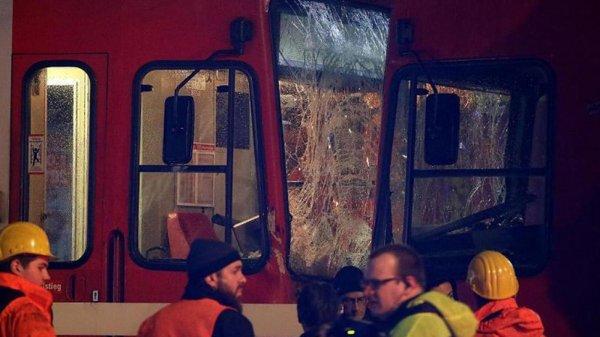 В Кёльне более 40 человек пострадали из-за столкновения трамваев