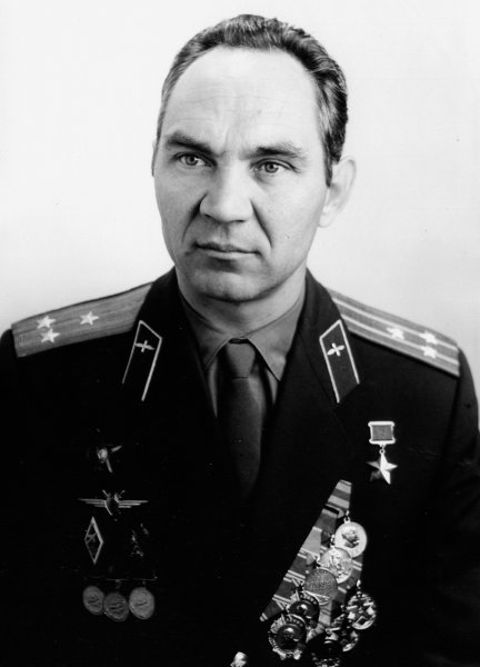 В Москве умер легендарный летчик-испытатель Георгий Мосолов
