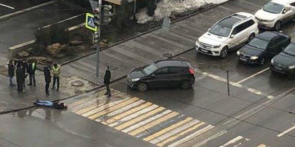 В Ростове недовольный водитель одним ударом отправил в нокаут пешехода