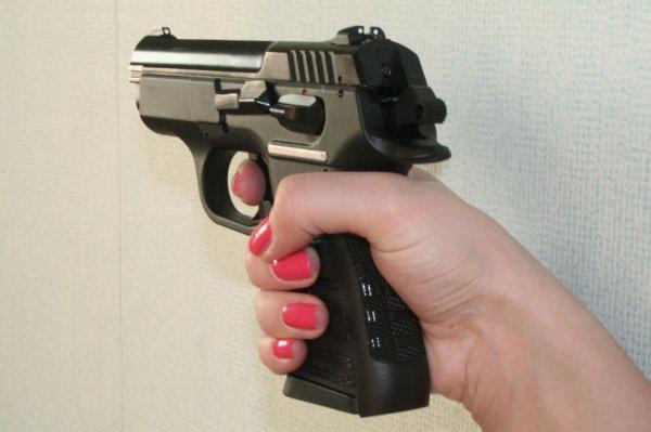 Мать школьницы, устроившей стрельбу в курганской школе, взяла всю вину на себя