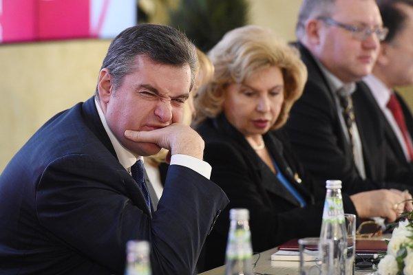 СМИ рассказали об очередном нарушении ПДД Слуцким