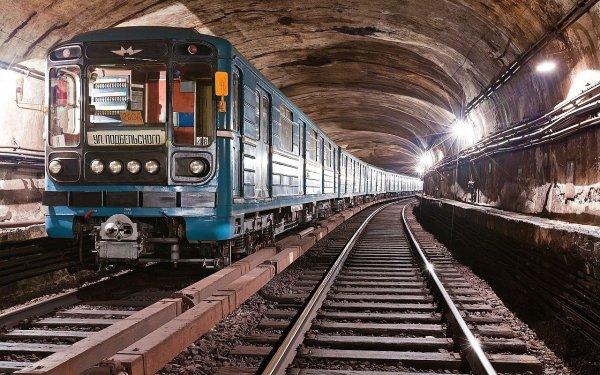 В Тверской области локомотив пассажирского состава сошёл с рельсов