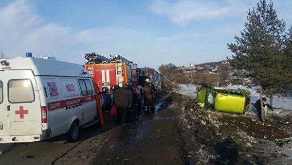 В новой Москве пострадавшего в аварии мальчика эвакуировал вертолет