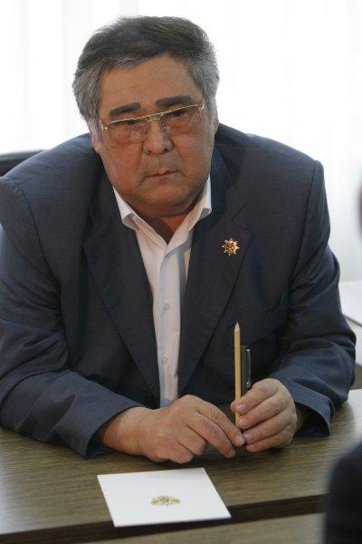Губернатор Кузбасса не посетил своих родственников, потерявших 11-летнюю дочь в огне