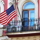 Россия закрывает генконсульство США в Санкт-Петербурге и высылает 60 американских дипломатов