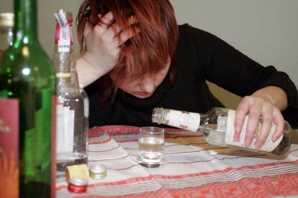 В больницу Саратова доставили пьяную 13-летнюю школьницу