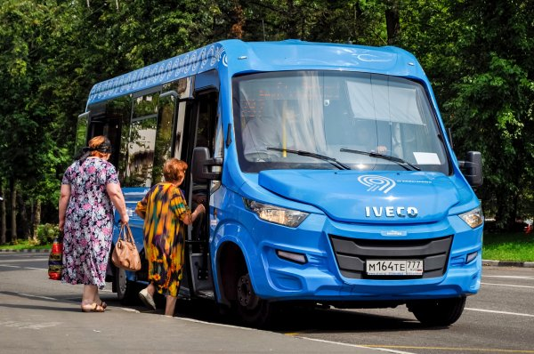 В Ставрополе водитель маршрутки бесплатно возит беременных женщин