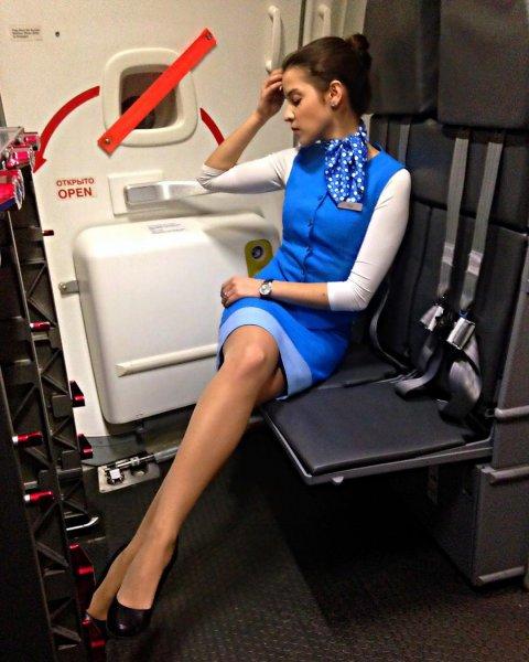 Одна из самых красивых стюардесс России задержана за угон автомобиля