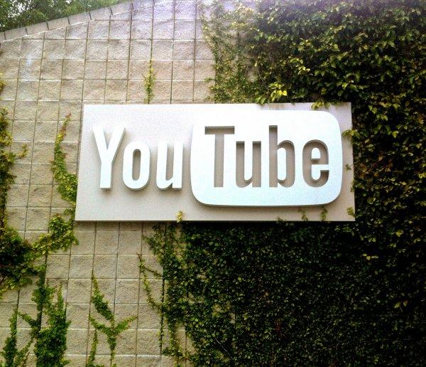 Google оказала поддержку пострадавшим сотрудникам офиса YouTube после стрельбы