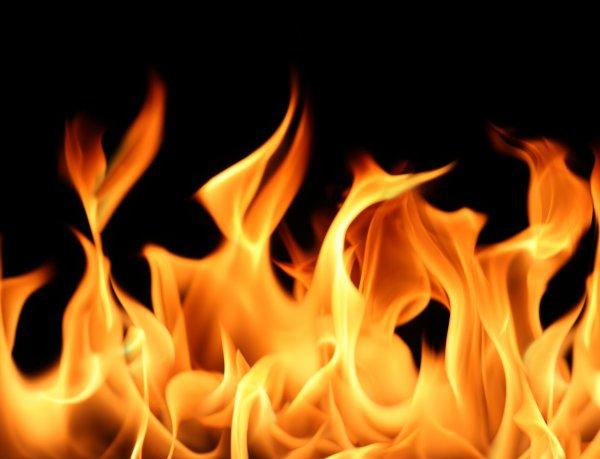 14 человек пострадали при пожаре в Стокгольме, в здании трех посольств