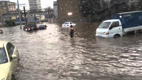 Из-за наводнения на Дону под воду ушли шесть мостов
