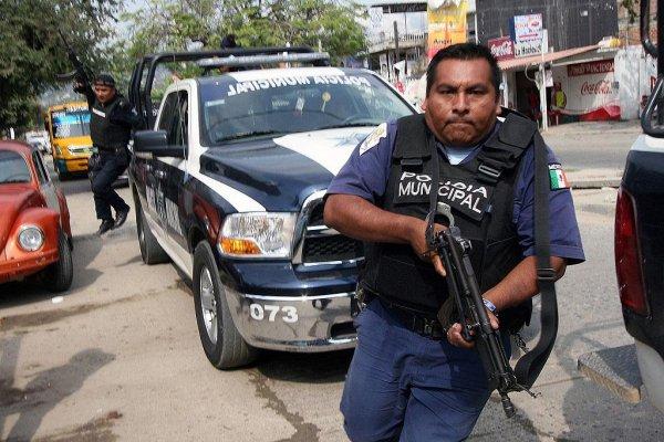 В Мексике морпехи расстреляли гражданских при столкновении с бандитами