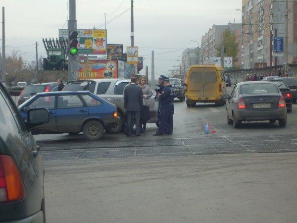 Регистратор заснял ДТП в западной части Москвы