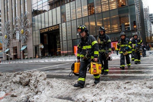 Один человек погиб и четверо пострадали при пожаре в Trump Tower