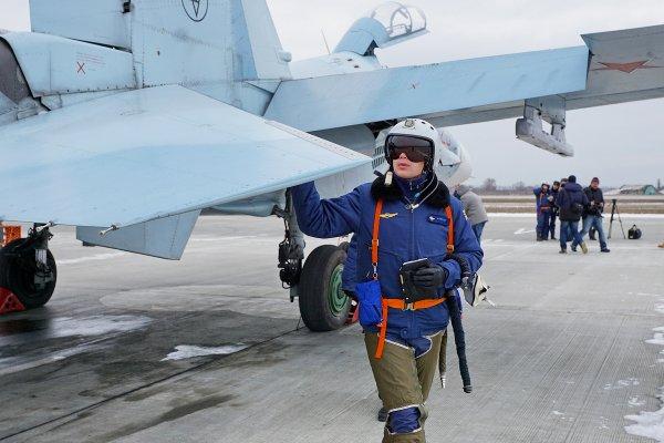 Новейший российский истребитель Су-27СМ(3) развалился в воздухе из-за неправильной сборки