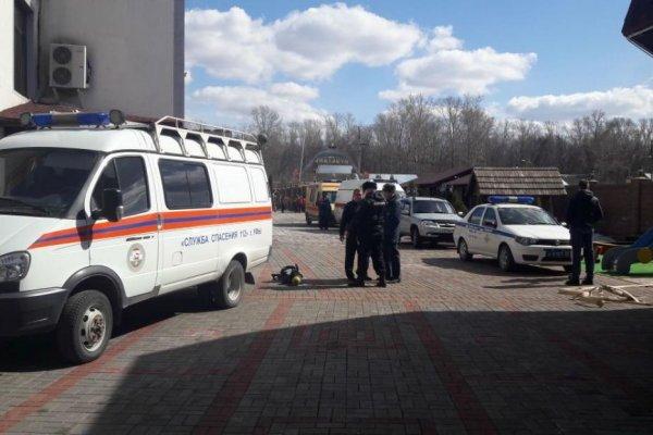 В Уфе пять работников ресторана задохнулись метаном, упав в коллектор